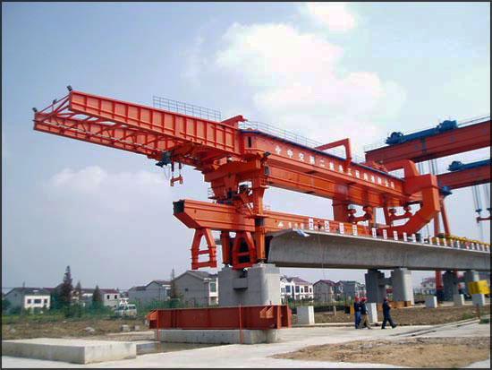 cầu trục lao dầm 400 tấn