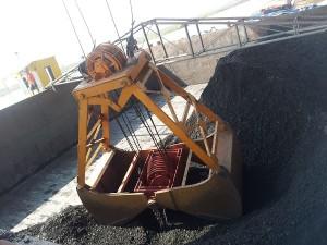 gầu ngoạm xúc đá than