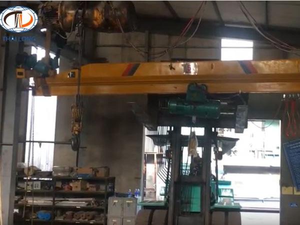 cầu trục treo 5 tấn