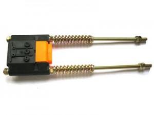kéo căng ray điện