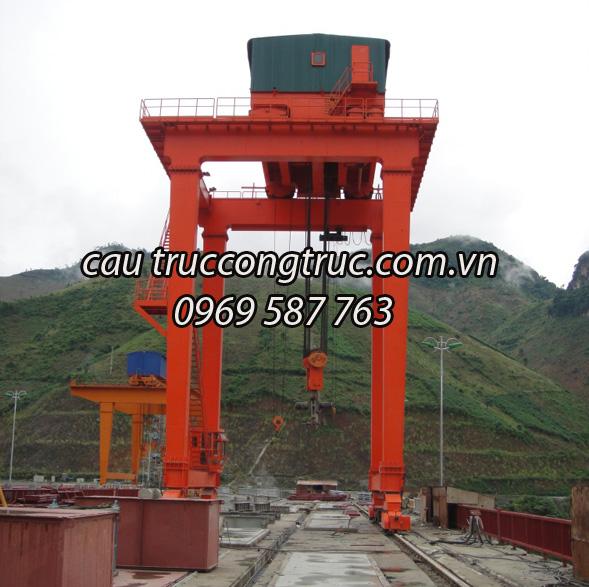 Cổng trục thủy điện 100T