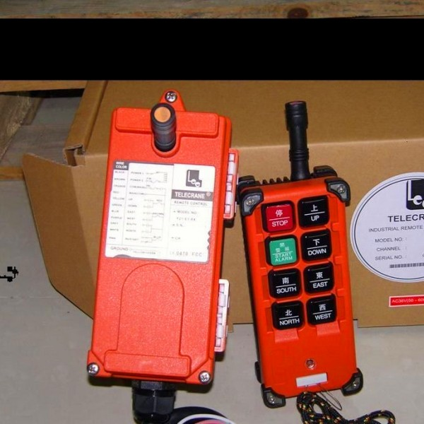 Điều khiển từ xa Telecrane 8 nút